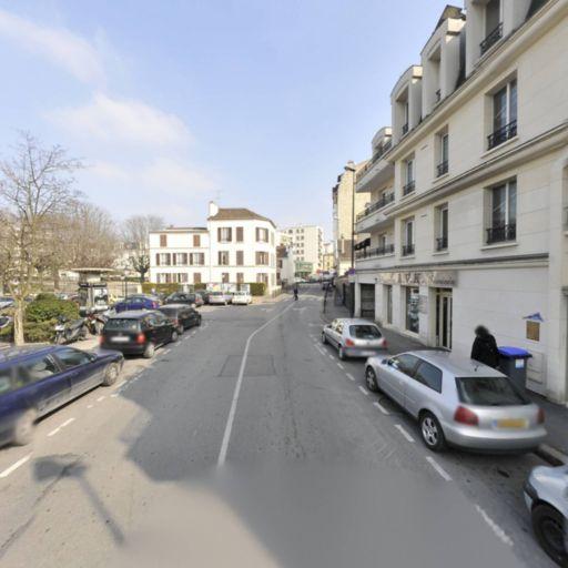 Kiosque N¿333112 Lagardere Travel Retail France - Journaux, presse et magazines - Maisons-Alfort
