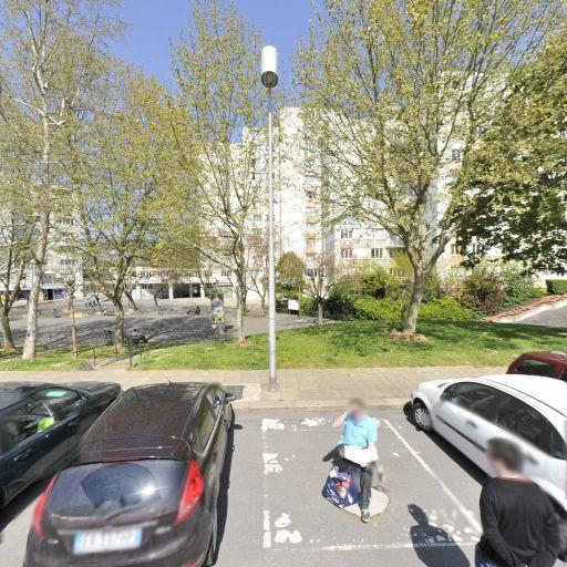 Centre Social Champs Elysées - Maison de quartier et des jeunes - Évry-Courcouronnes