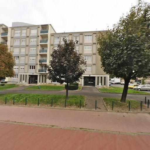 Aliouche Anés - Agence marketing - Vénissieux