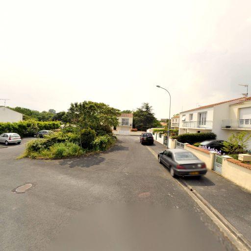 Ensembladom - Ménage et repassage à domicile - La Rochelle