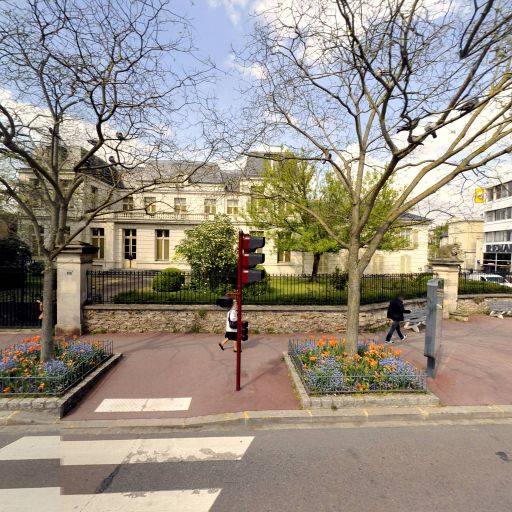 Des Trois Becs SCI - Location d'appartements - Sceaux