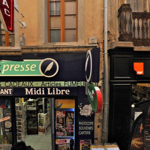 Le Chien Qui Fume - Journaux, presse et magazines - Narbonne