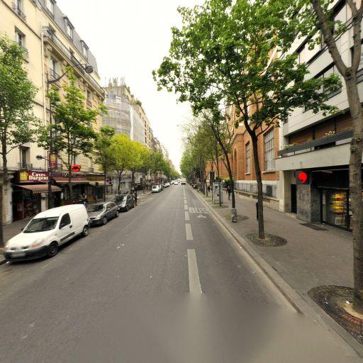 Aurélia Dontot - Infirmier - Paris