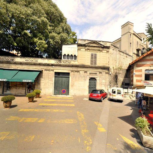 Taxis Radio Arlésiens - Taxi - Arles
