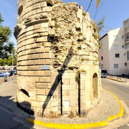 Porte de la Cavalerie - Attraction touristique - Arles