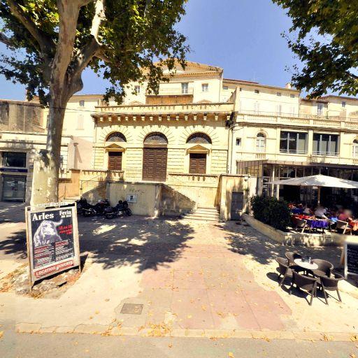 Temple protestant - Attraction touristique - Arles