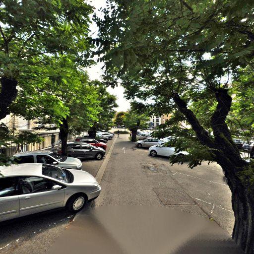 Parking Parc du Champ de Mars - Parking - Bourg-en-Bresse