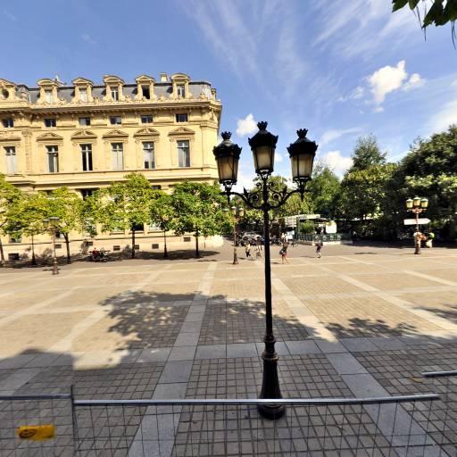 Place Louis-Lépine - Attraction touristique - Paris