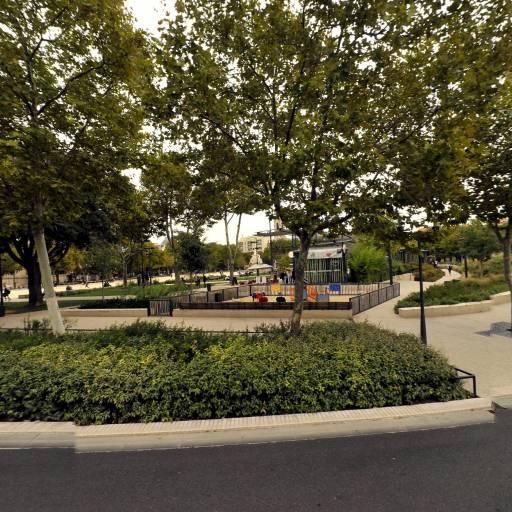 Arènes - Parking public - Nîmes
