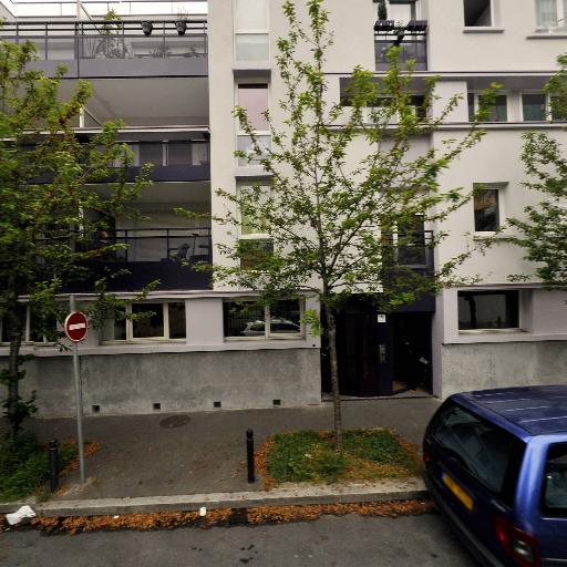 Letient Hashina - Coursiers - Montreuil