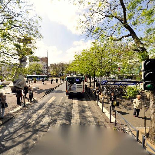 Accrophoto - Développement et tirage photo - Montreuil