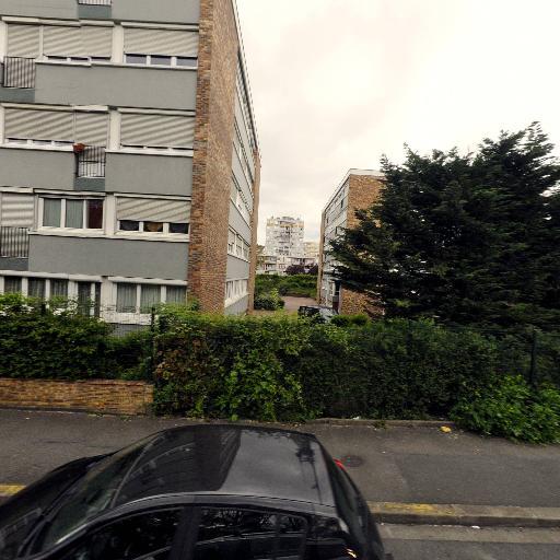 Reshana-Henne - Tatouages - Montreuil