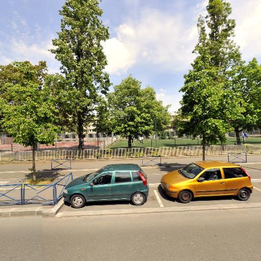 Terrain de Proximite 3 - Infrastructure sports et loisirs - Aubervilliers
