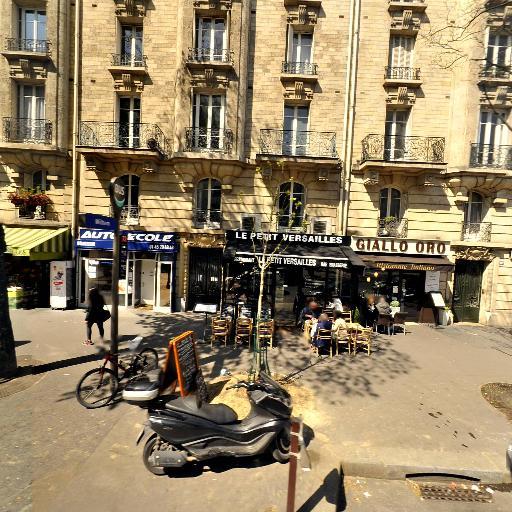 Haidar Bilal - Matériel pour hôpitaux - Paris