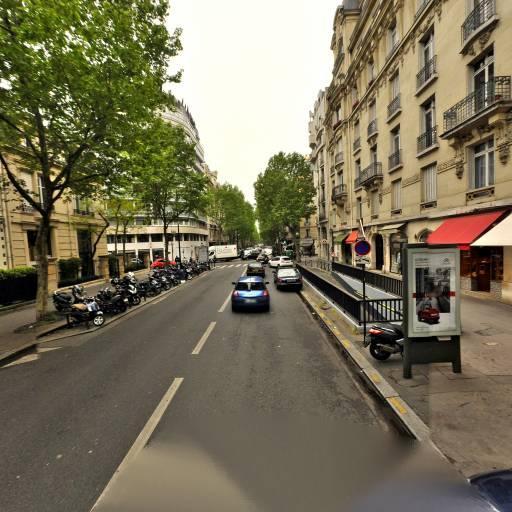Muse - Manucure - Paris