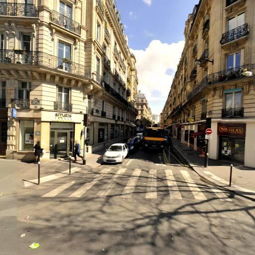 Ilya Egger - Infirmier - Paris