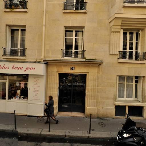 No Smoking Club - Articles pour vapoteurs - Paris