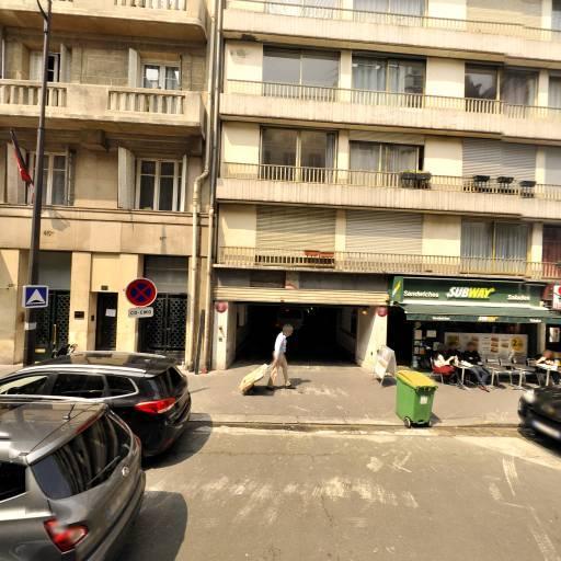 Nadia Voyante - Voyance et cartomancie - Paris