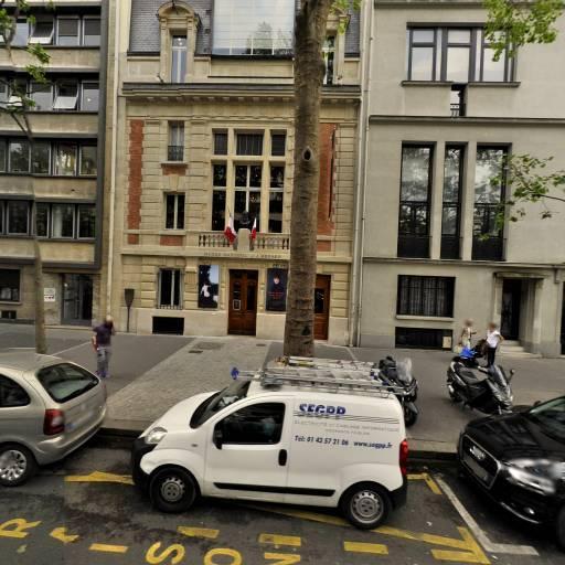 Musée Jean-Jacques-Henner - Attraction touristique - Paris