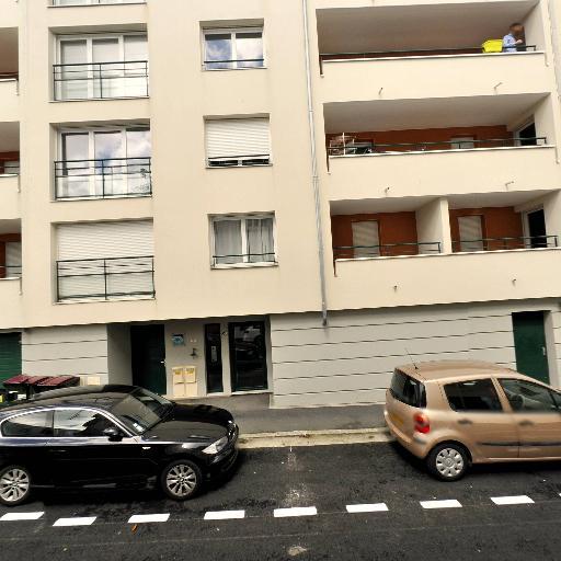 Quinquis Lucie - Interprète - Brest