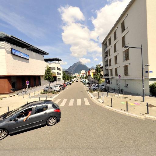 Chambre De Metiers Et De L'Artisanat De L'Isère - Chambre de Commerce, d'Industrie, de Métiers, d'Artisanat, d'Agriculture - Grenoble