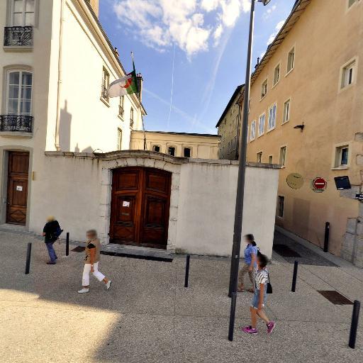 Consulat D'Algérie - Ambassade et consulat - Grenoble