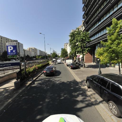 Saint Jean Baptiste - Parking public - Neuilly-sur-Seine
