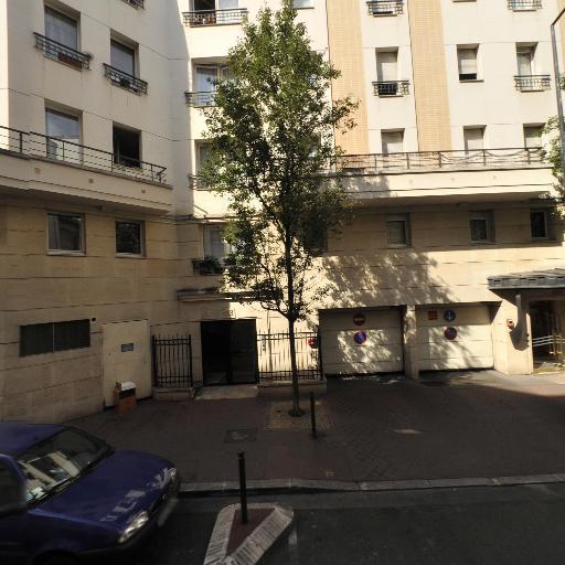 Pauchet Céline - Services pour animaux - Levallois-Perret