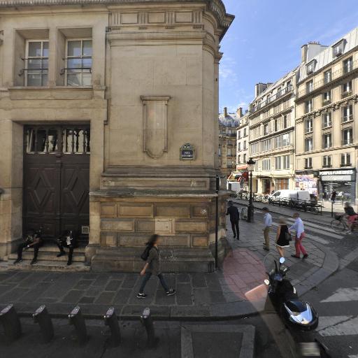 Station Vélib' Mairie du 10ème - Vélos en libre-service - Paris