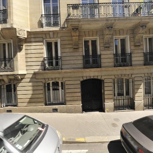 Family Football Club - Club de sports d'équipe - Paris