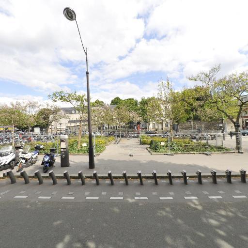 Station Vélib' Gare de l'Est - Faubourg-Saint-Martin - Vélos en libre-service - Paris