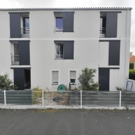 Perié Anne-Héloïse - Soins hors d'un cadre réglementé - La Rochelle