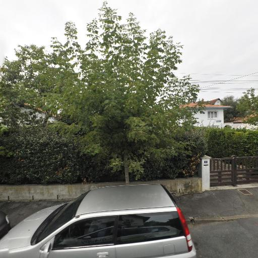 Aubourg François - Location d'automobiles avec chauffeur - Biarritz