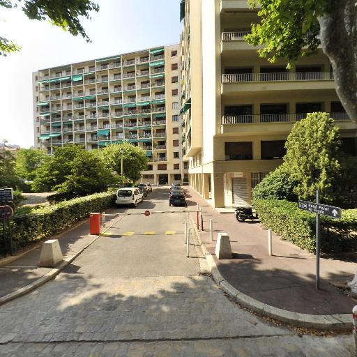 Taxi daniel - Location d'automobiles avec chauffeur - Marseille