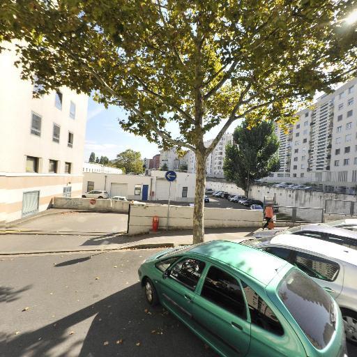 Centre Saint Exupéry - Association humanitaire, d'entraide, sociale - Villeurbanne