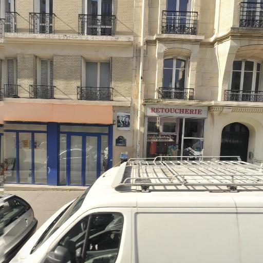 Intime Conviction - Petits travaux de bricolage - Paris