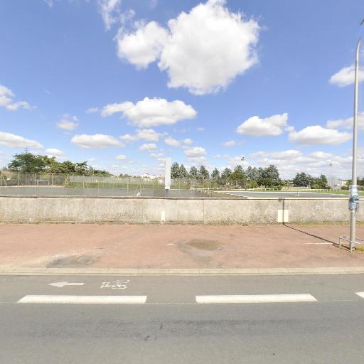 Centre d'Entrainement du Comité Départemental de Tennis - Terrain et club de tennis - Poitiers