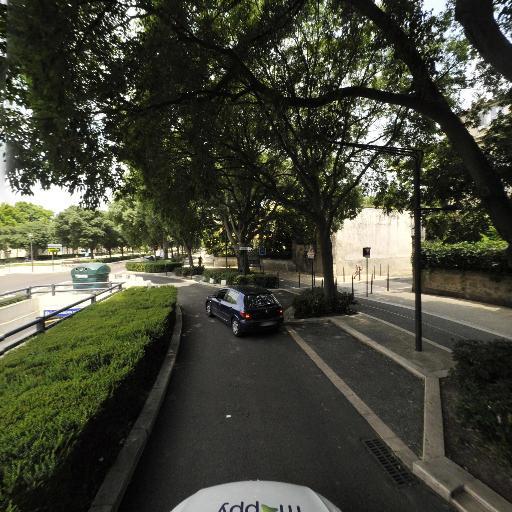 Jardin de la Fontaine - Parking public - Nîmes