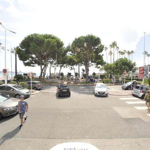 Solo Gray D'Albion - Parking public - Cannes