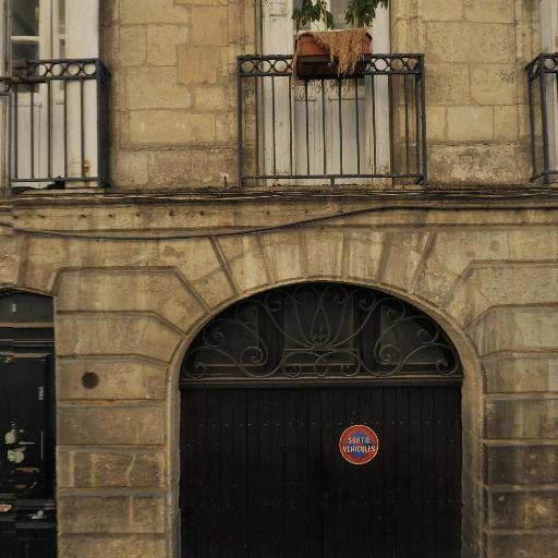 Edmond Frédéric - Pose, entretien et vitrification de parquets - Bordeaux