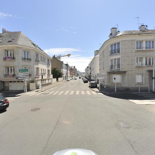 Pharmacie De L'Ocean Le Cardinal N'Guyen - Pharmacie - Saint-Nazaire
