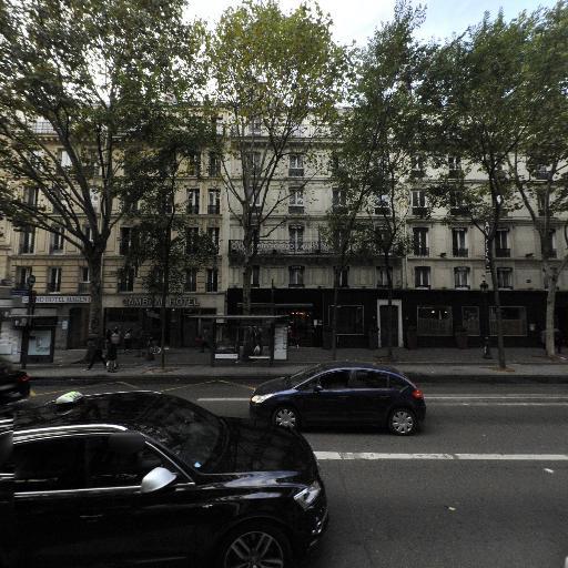 Square Magenta - Parc et zone de jeu - Paris