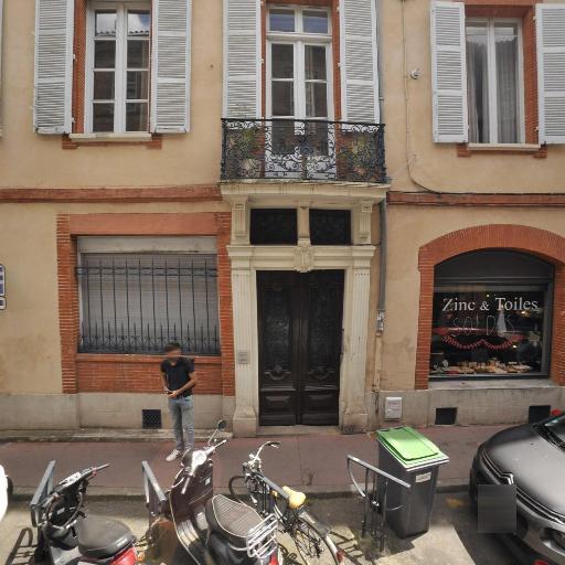 Ucm Cie - Cadeaux - Toulouse