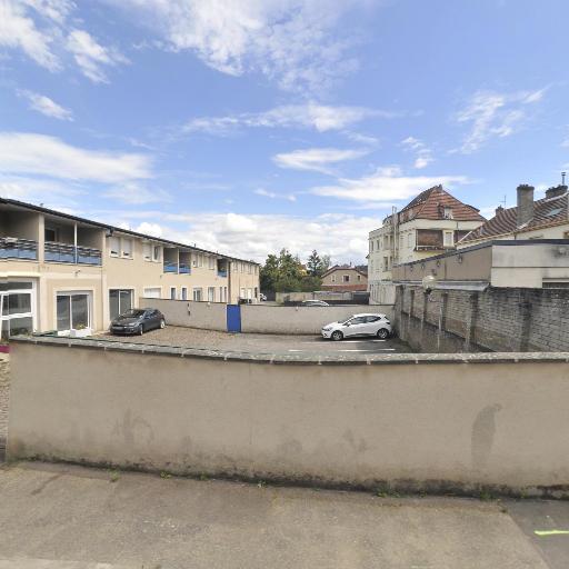 Duc Marine - Masseur kinésithérapeute - Metz