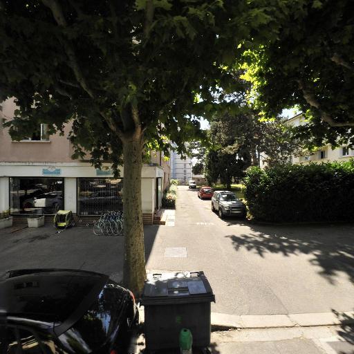 Sassa Velo Minute - Vente et réparation de motos et scooters - Annecy
